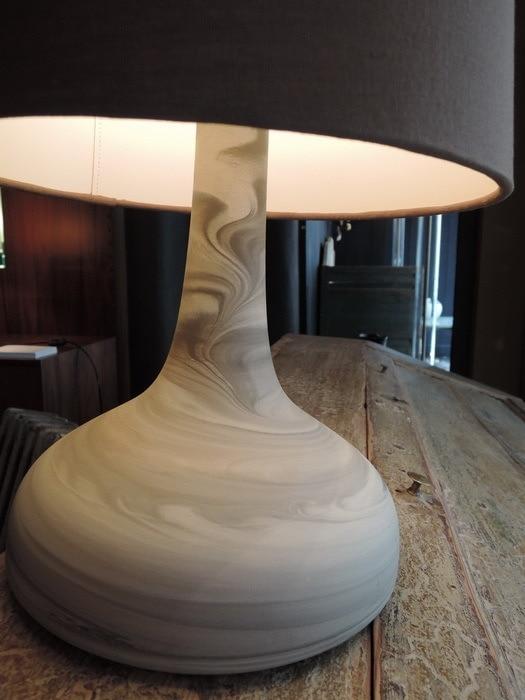 LAMPE A POSER EN BISCUIT DE PORCELAINE GRISE PAR STUDIO ROSENTHAL CA,1980
