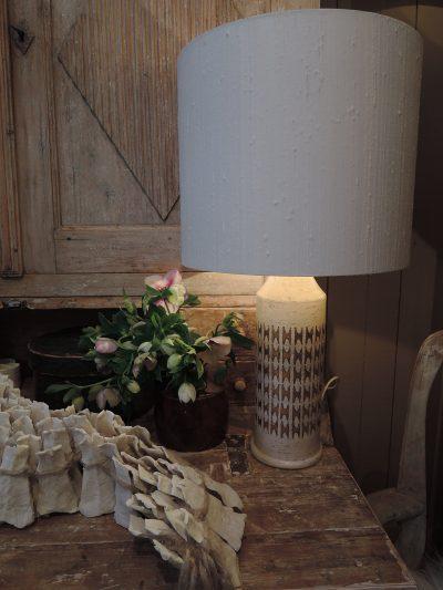 Paire de lampes en céramique incisée + émail ivoire&or par BITOSSI pour BERGBOMS Ca.1960