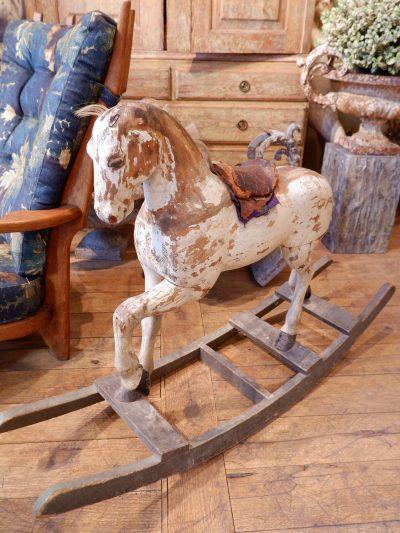 Cheval à bascule suédois en bois peint polychrome époque XIXe