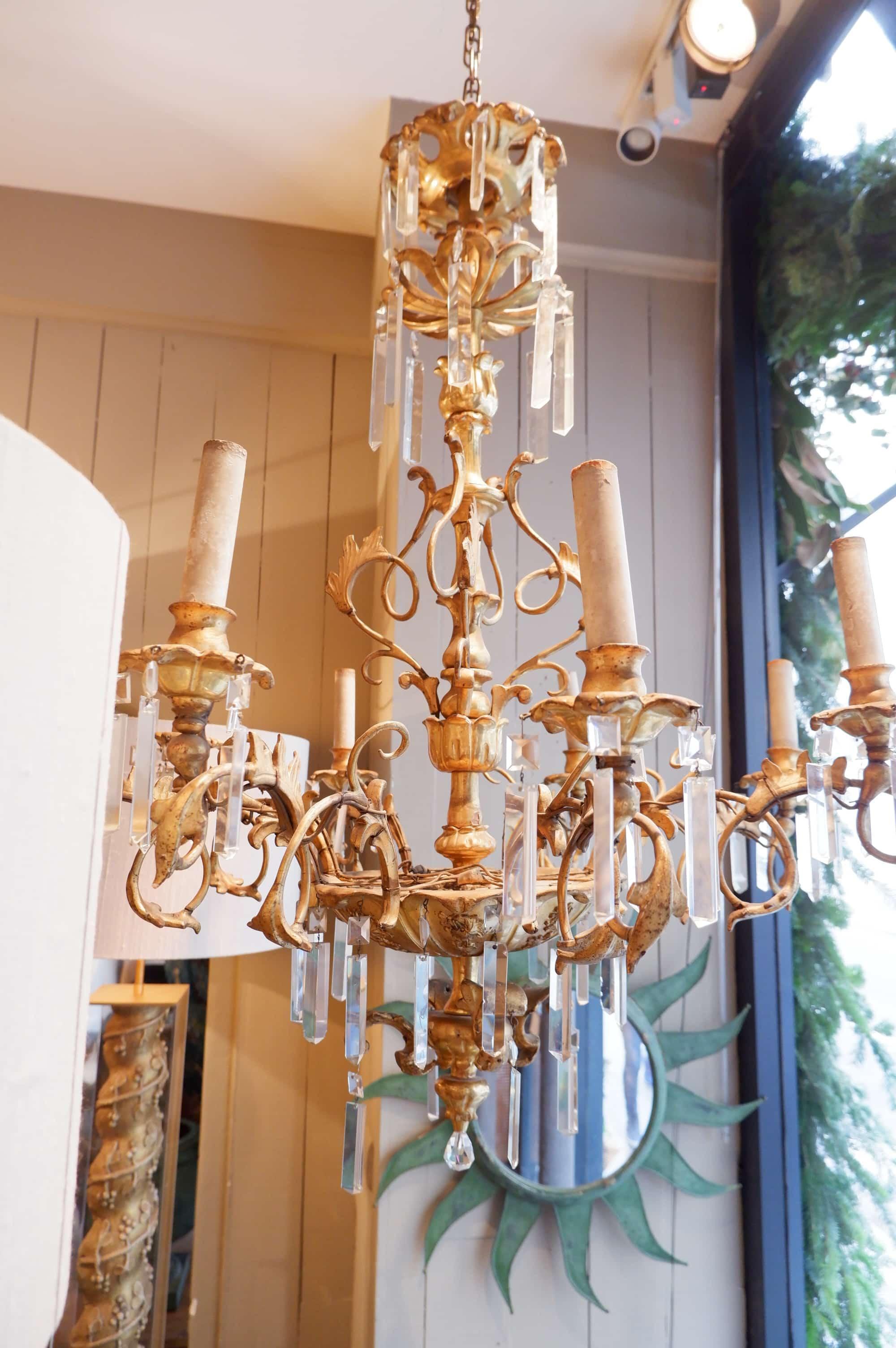 """Grand lustre """"Volutes de bois doré & pendants de verre"""" ca.1890"""
