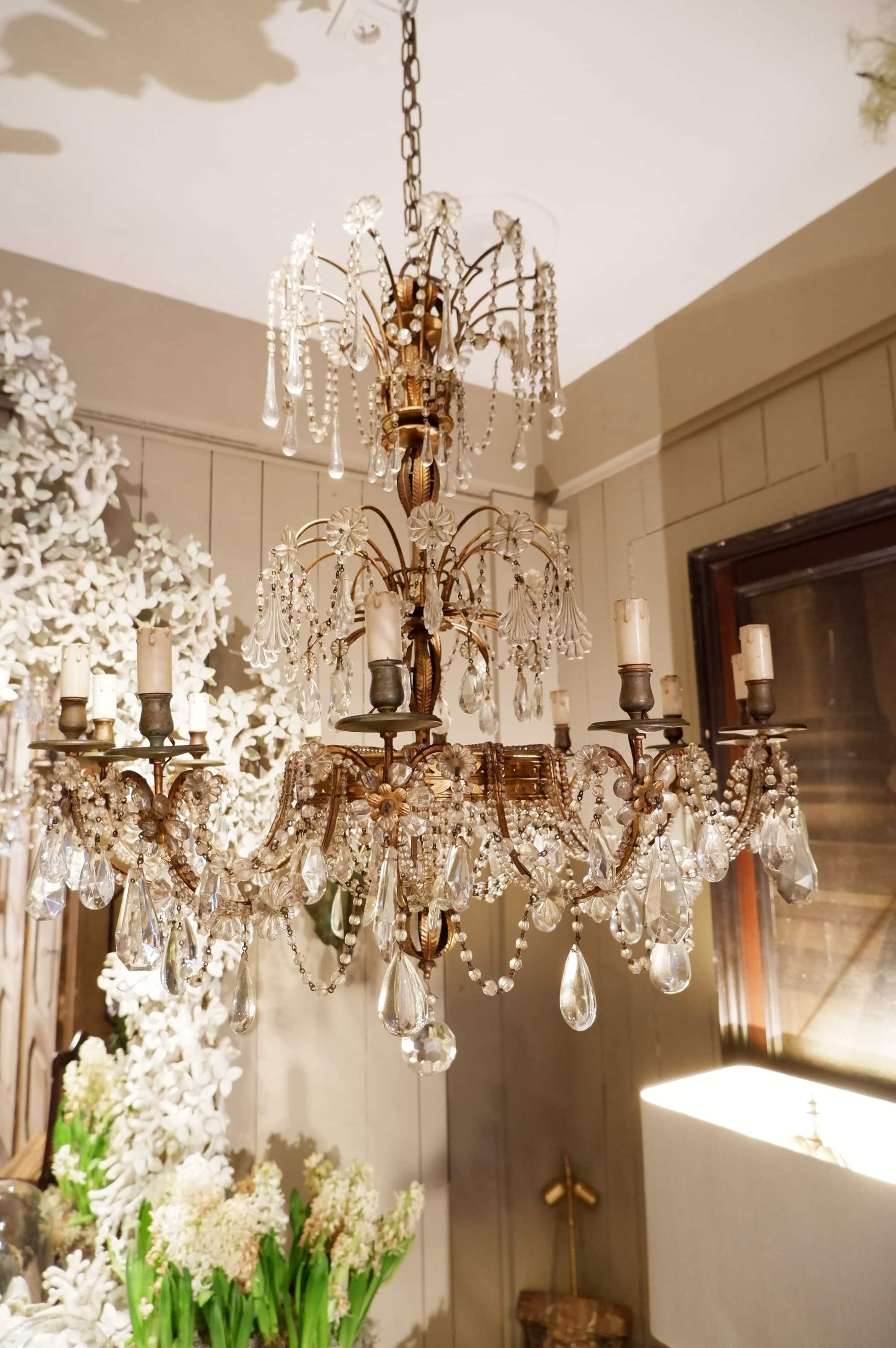 Large Italian chandelier in gilt metal and glass ca. 1850
