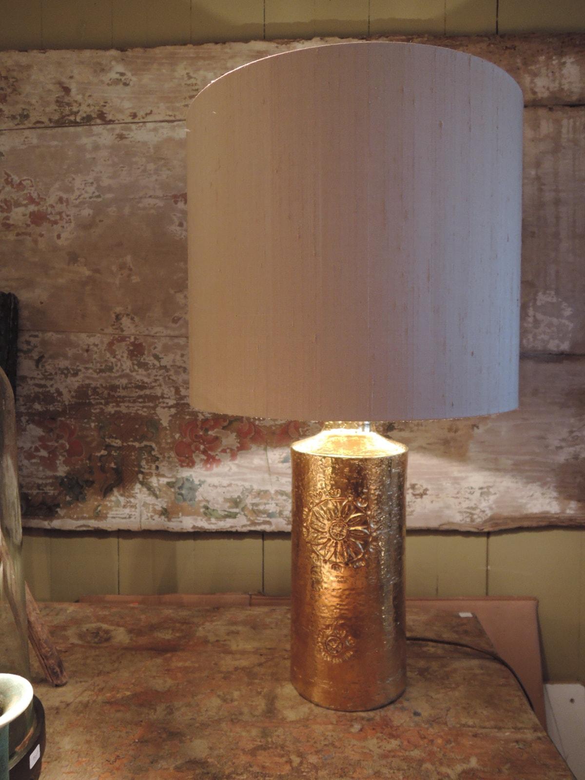Lampe en céramique émail doré motif de fleur par Bergboms- Suède 1960