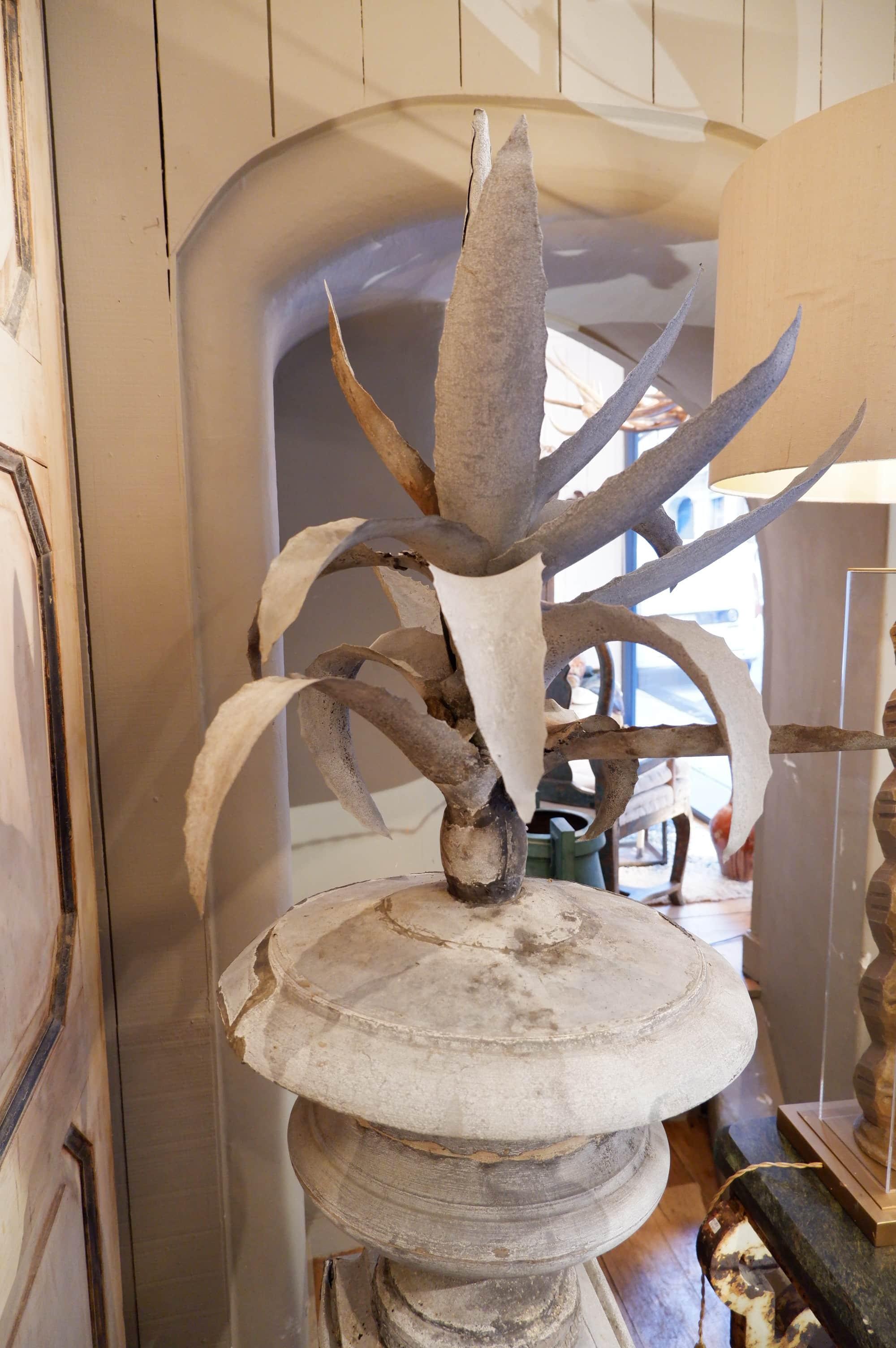 Très grande sculpture d'Agave en zinc milieu XIXe