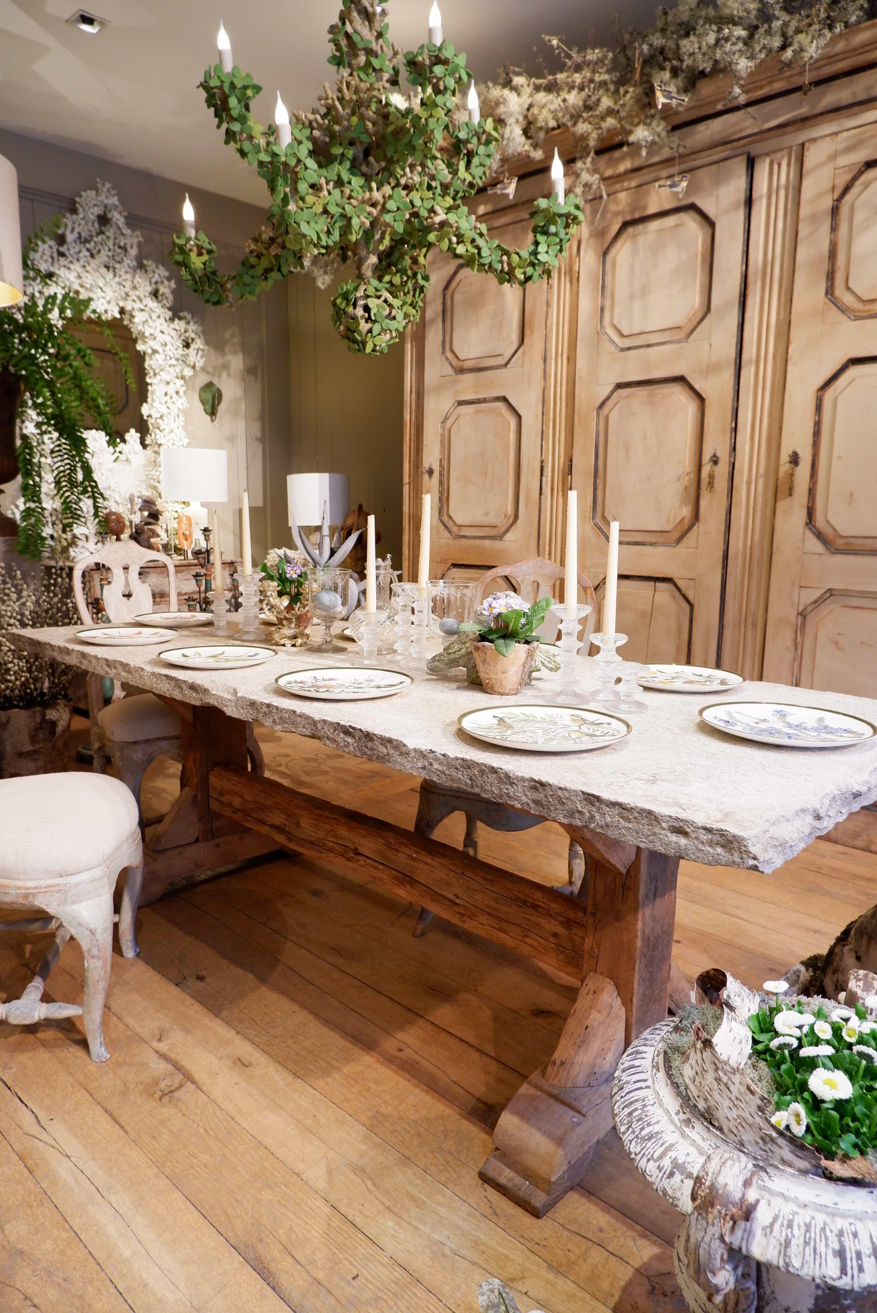Grande table italienne en pierre et chêne massif XIXe