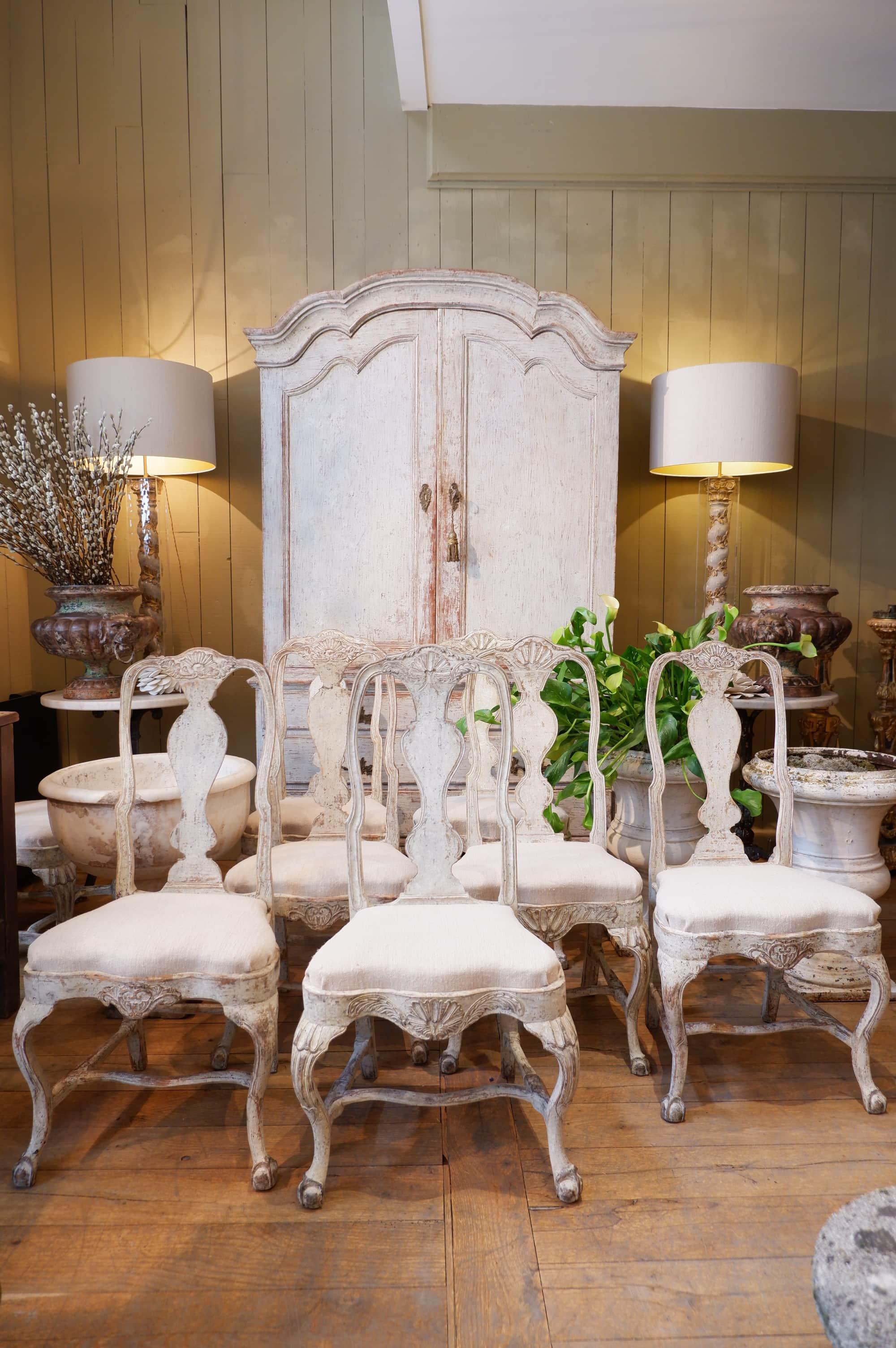 Série de 8 chaises style Roccoco suédois – ca.1800