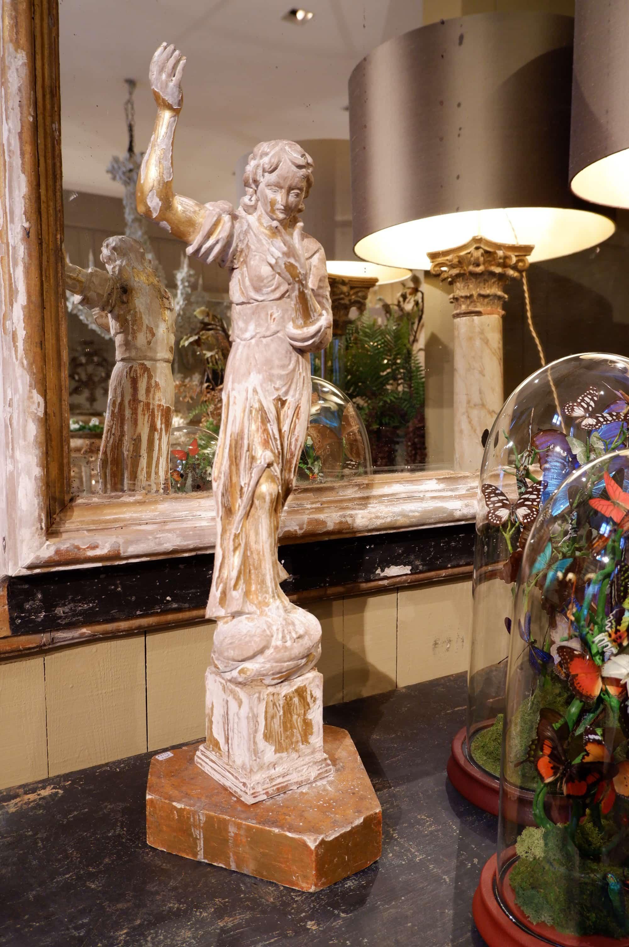 """Paire de statues """"anges"""" en bois sculpté & feuille d'or – Italie XVIIIE"""