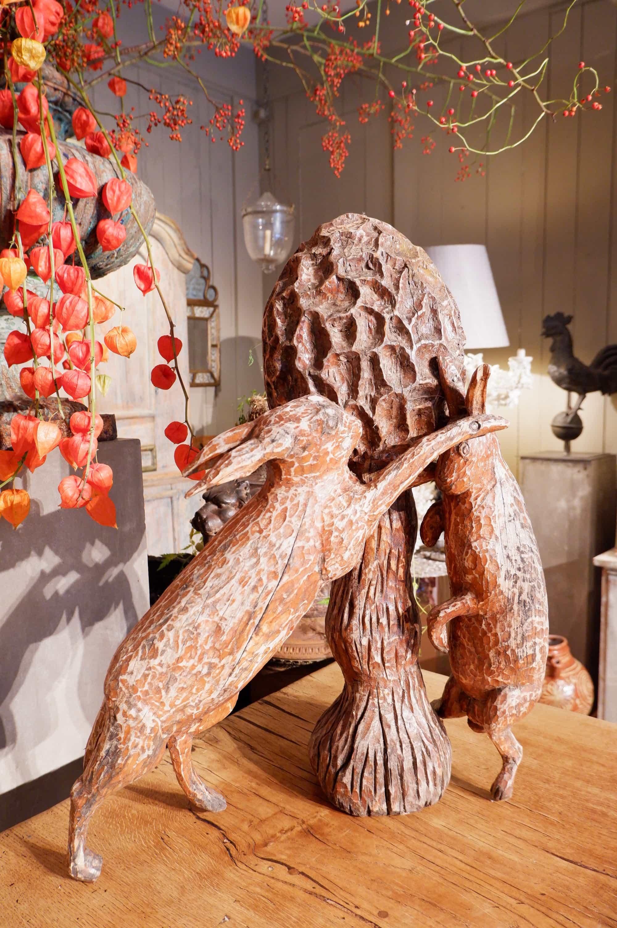 Grand bois sculpté 2 lièvres et une morille