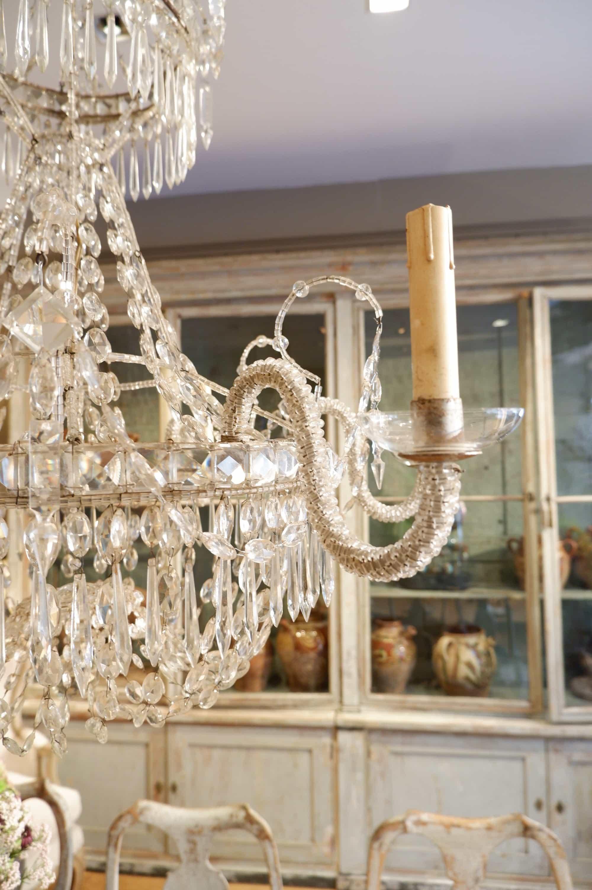 Trés grand lustre en cristal italien XIXe