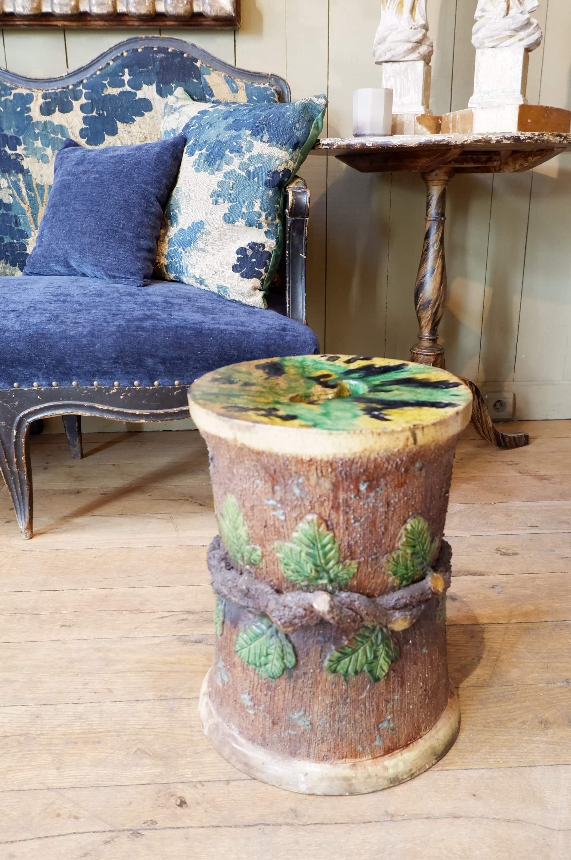 Tabouret en barbotine émaillée fin XIXe feuille de chêne