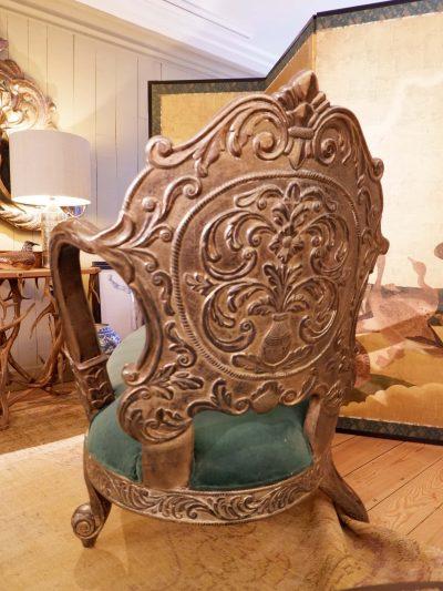Chaise longue en bois sculpté et feuille d'argent ca.1880