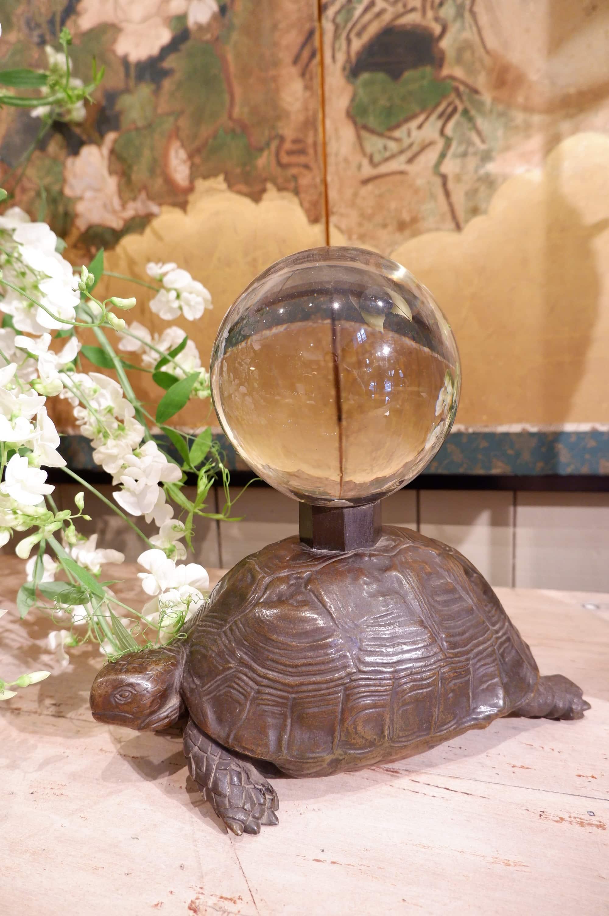 Paire de tortues en bronze & verre ca.1930