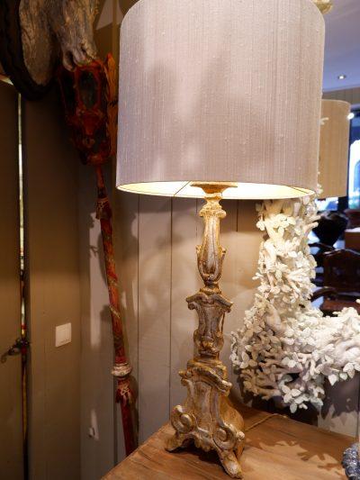 Paire de lampes pique cierges Italiens- feuille d'argent XVIIIe + AJ soie