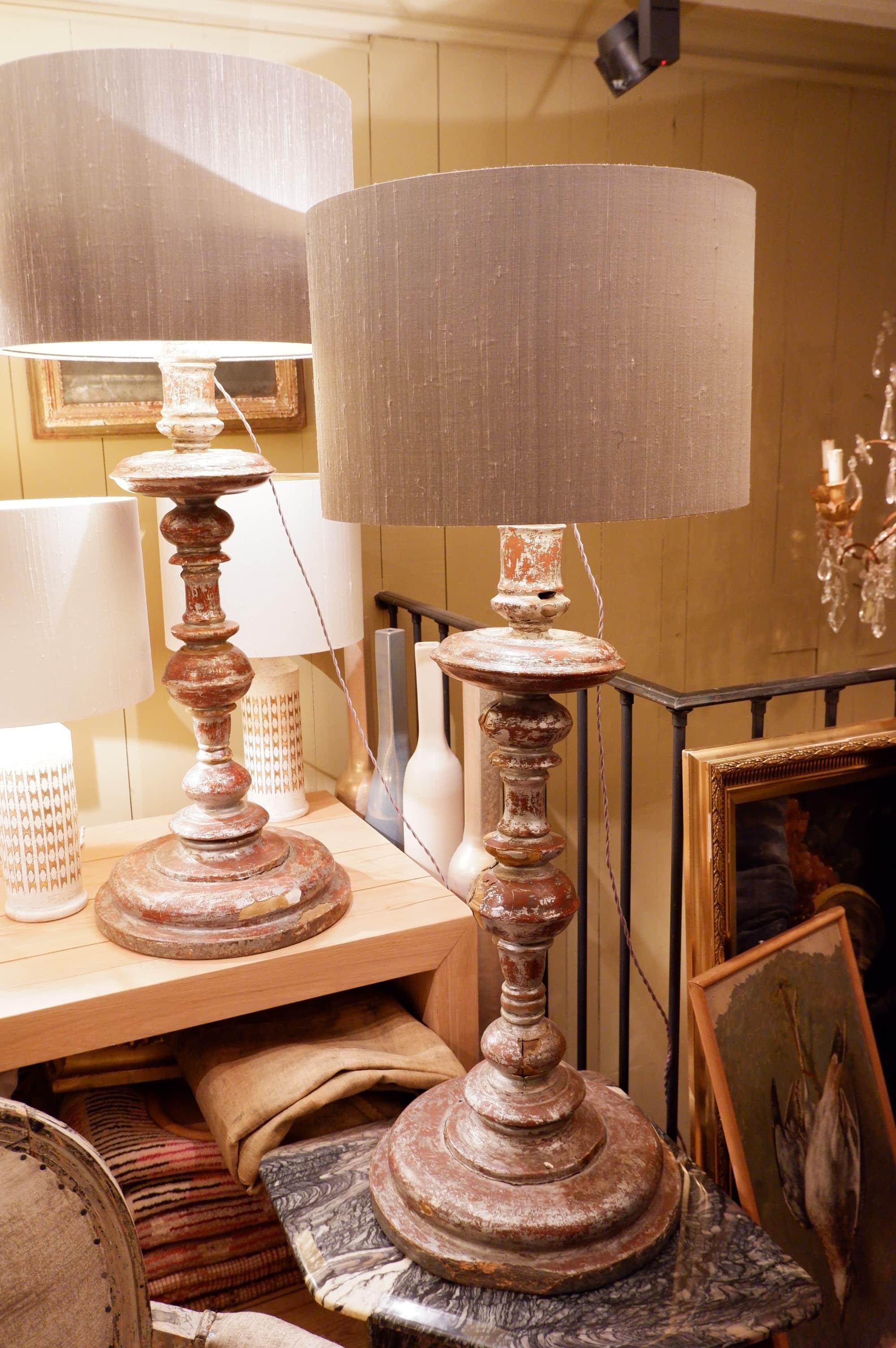 Paire de lampes grands candélabres italien feuille d'argent + Aj soie grise
