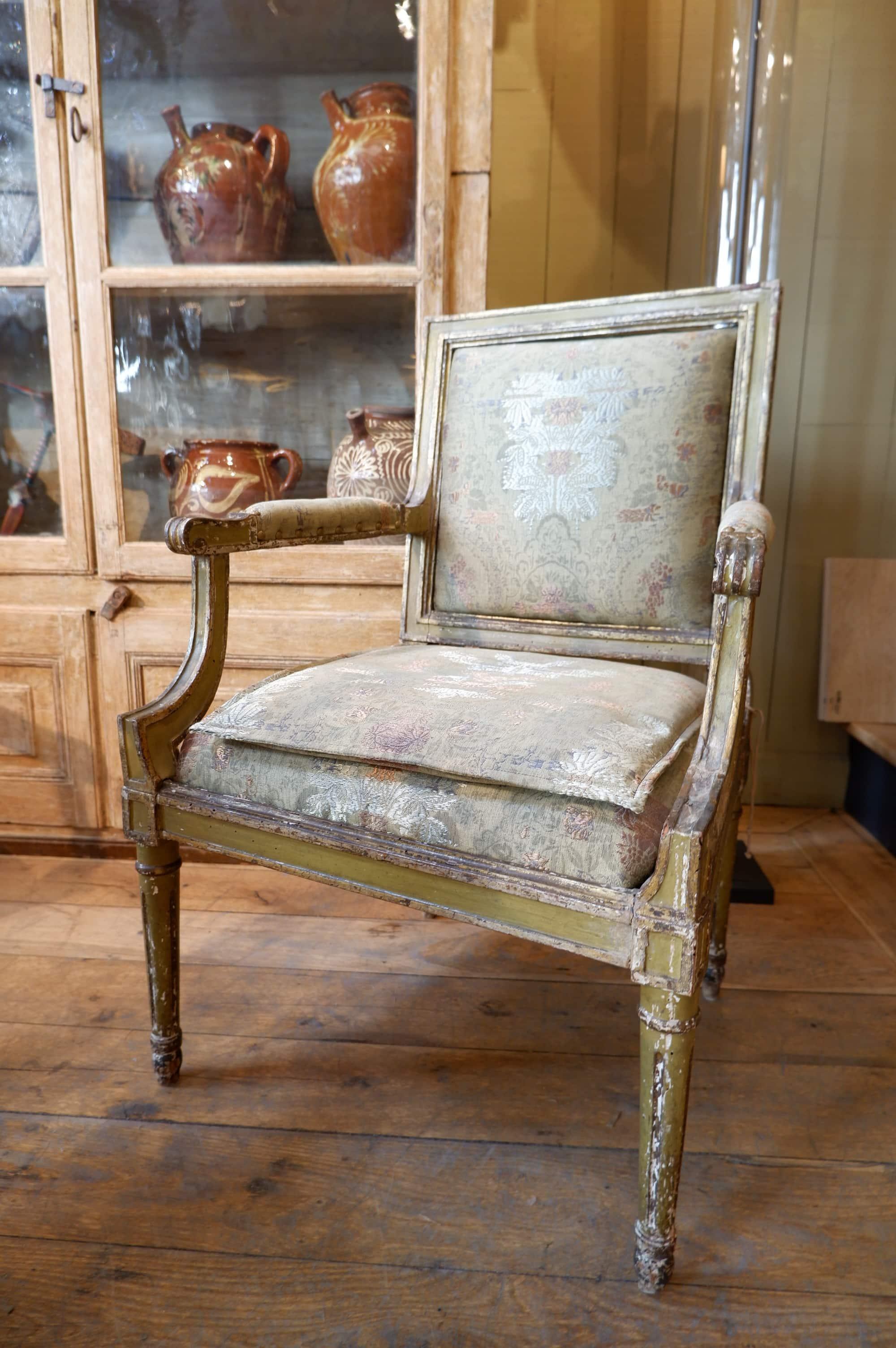 Paire de sièges Louis XVI Italiens a dossier plat patine vert olive époque XVIIIE