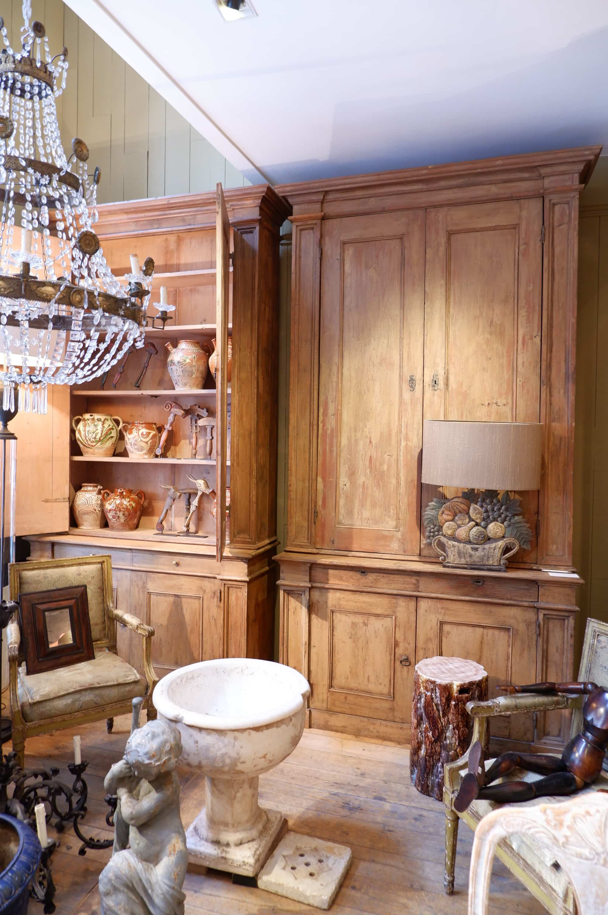 Paire de grands meubles bibliothèques en bois peint – Toscane fin XVIIIe