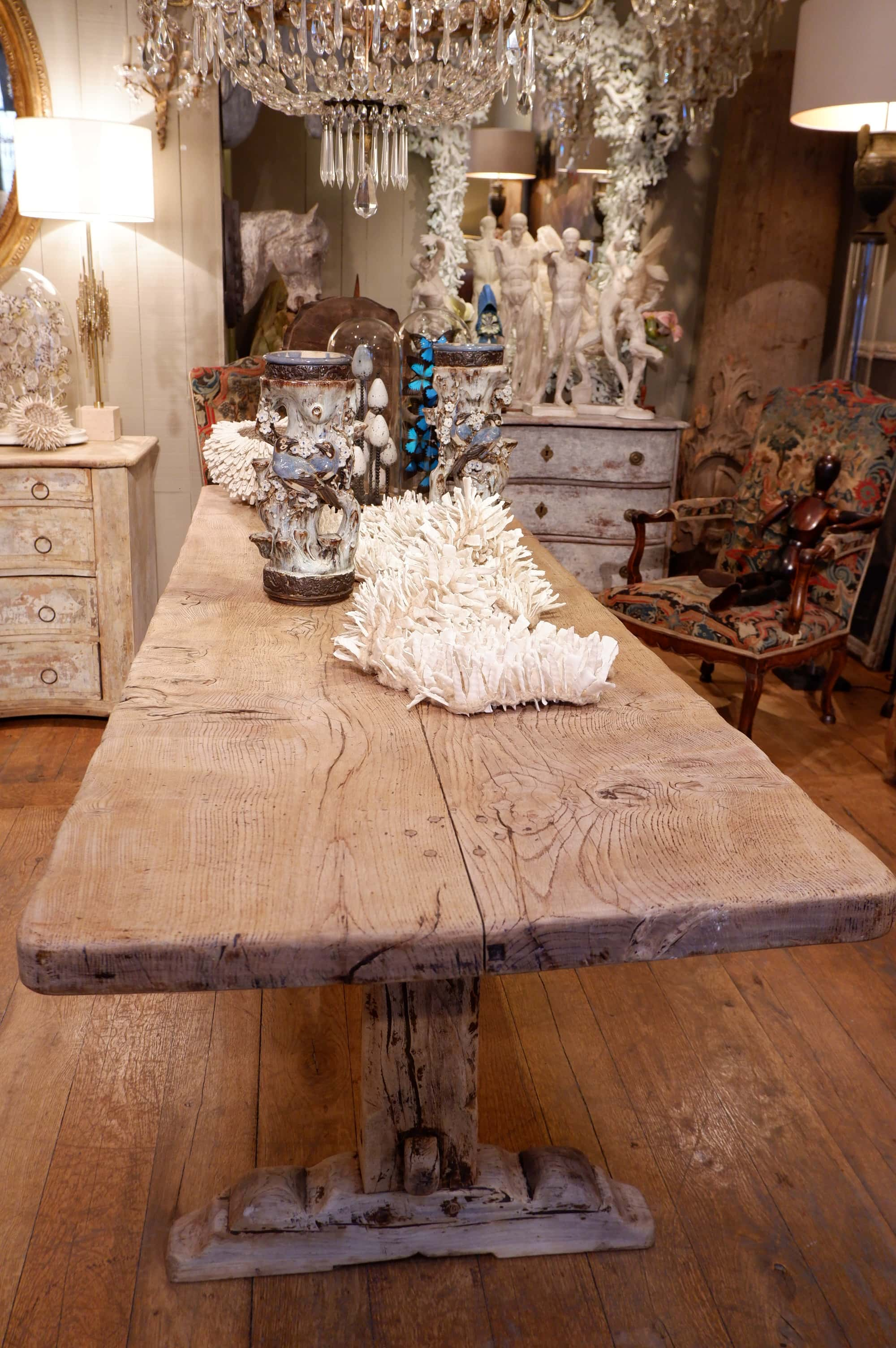 Grande table en chêne clair époque XIXe
