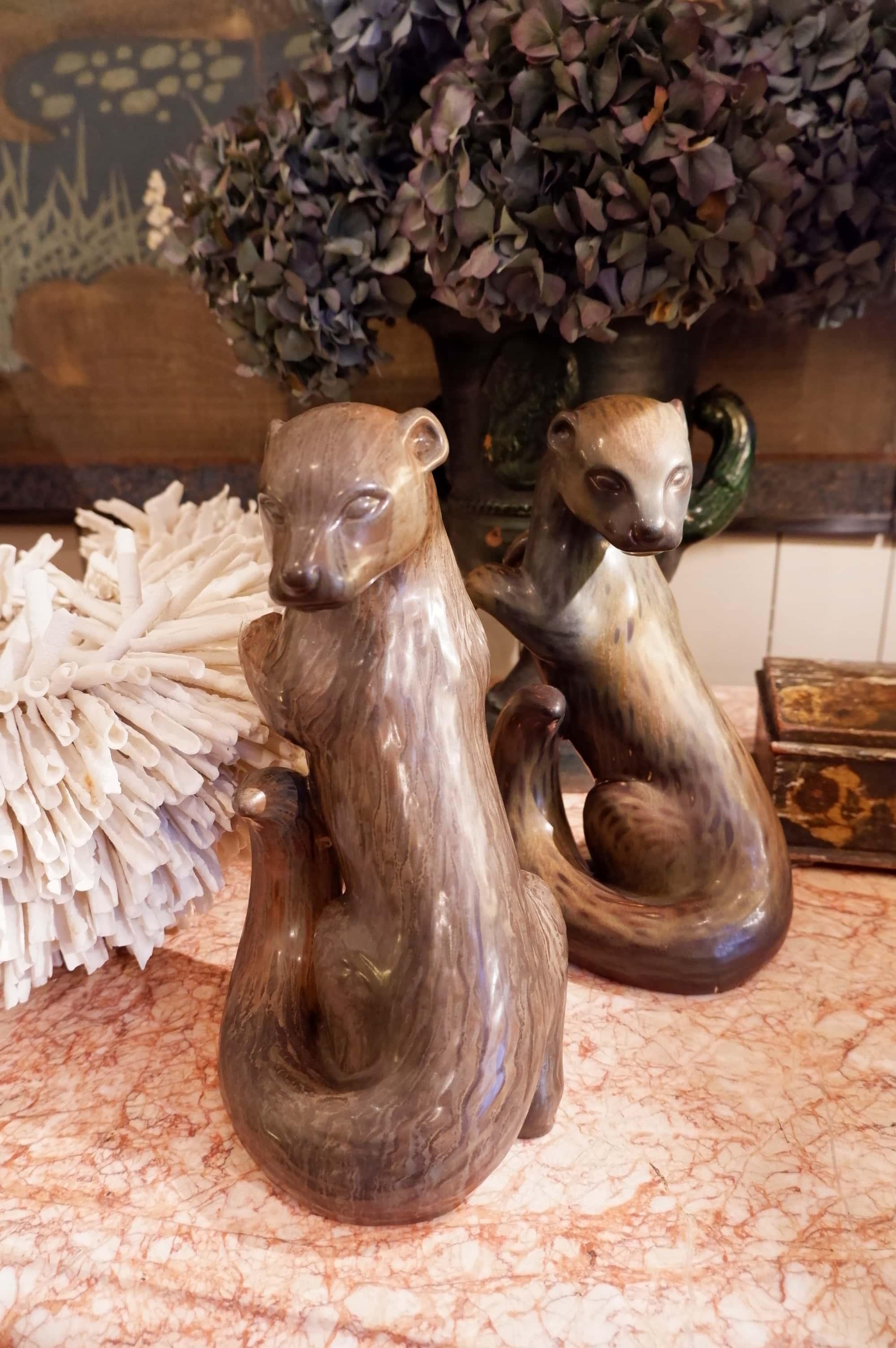 Grande sculpture de loutre en porcelaine par Gunnar Nylund ca.1950