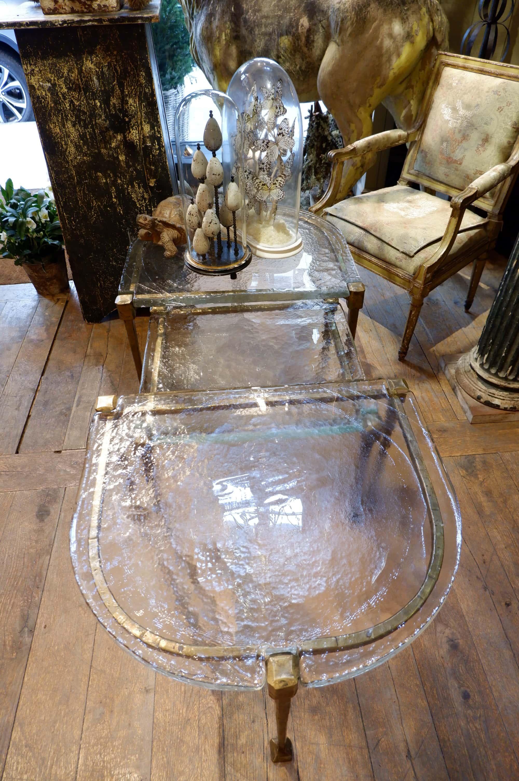 Grande table basse brutaliste en 3 parties – Bronze et verre ca.1960