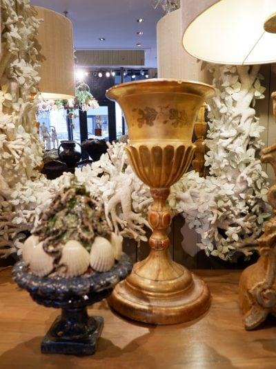 Grand calice en bois sculpté orne de feuille d'or -milieu XIXe