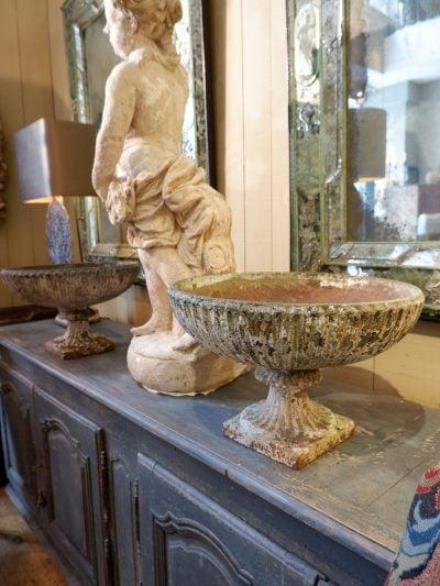 Paire de vasques plates à godrons en fonte début XIXe