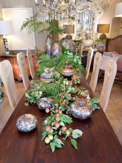 Grande table Italienne de communauté en bois ciré fin XIXe