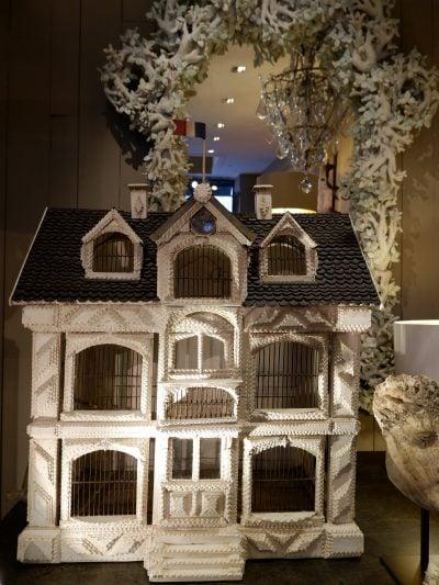 Grande cage à oiseaux en bois peint XIXe