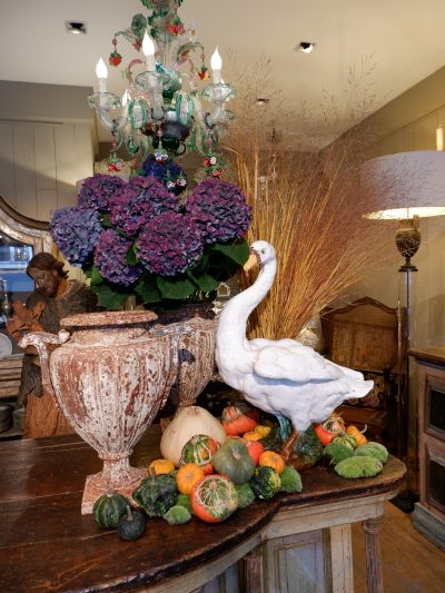 Large ceramic swan from Bavent - Late 19th century